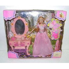 Кукла с трюмо